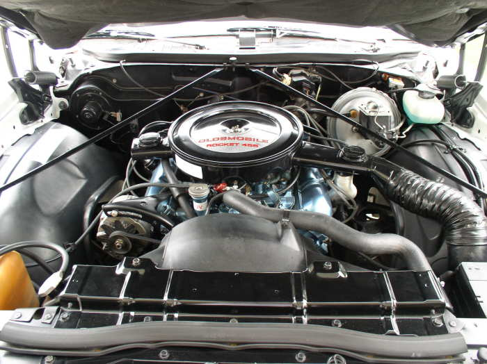 Photo on 1972 oldsmobile 350 engine